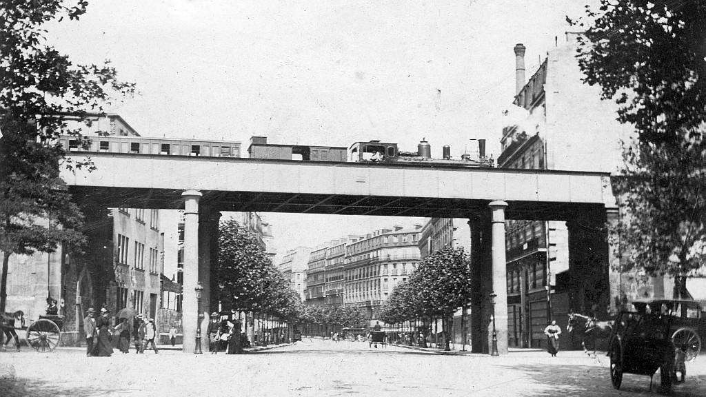 O antigo Viaduc Vincennes em funcionamento. Foto: petiteceinture.org
