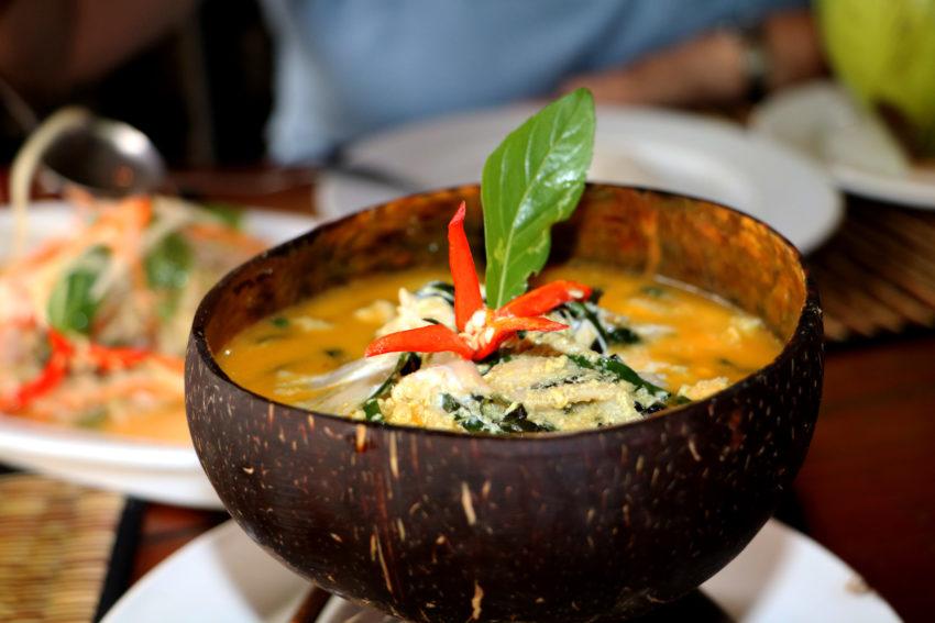 amok-fish-camboja-culinaria-sudeste-asiatico-blog-gira-mundo