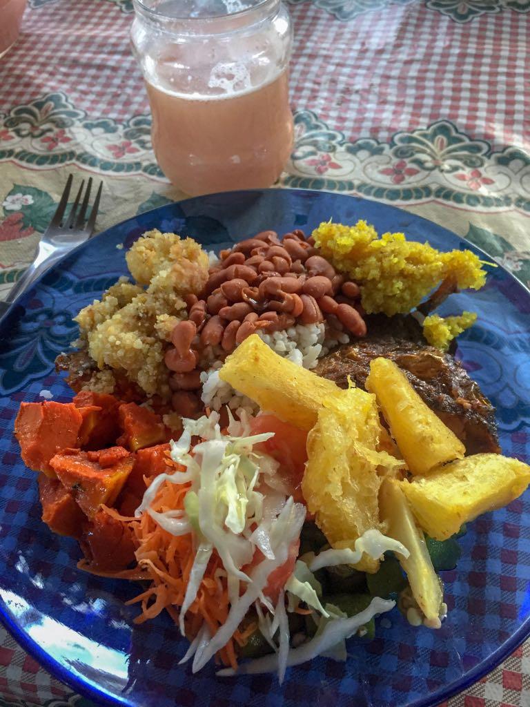 A comida da Dona Minalci, no Quilombo Kalunga