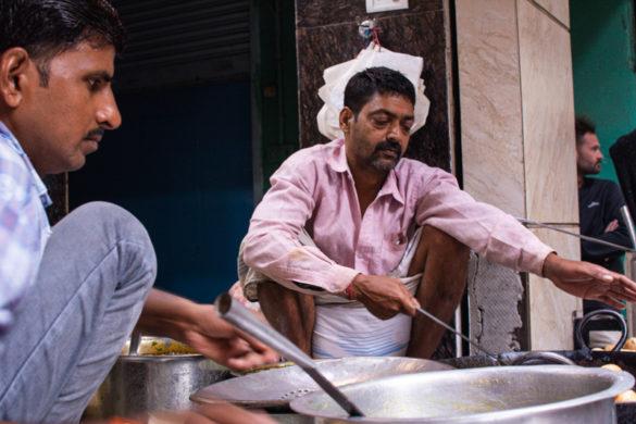 Como e porquê fazer um passeio de barco no Rio Ganges, em Varanasi